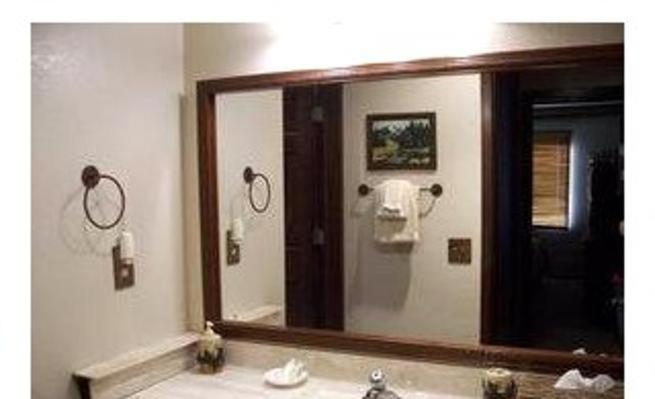 One-Bedroom Apartment - Bathroom Arrowhead Condo 2 49