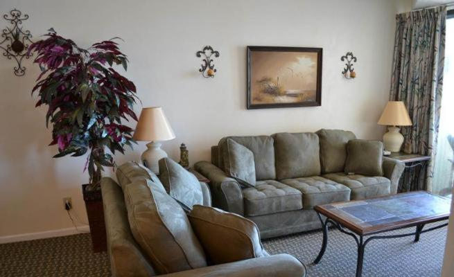 See all 6 photos North Ocean Condo 5523 2202