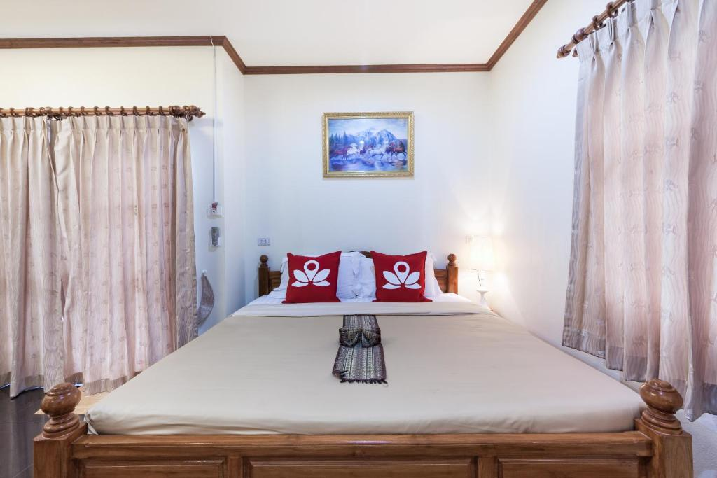 Kamar Superior Double ZEN Rooms Soi Baan Khun Penn