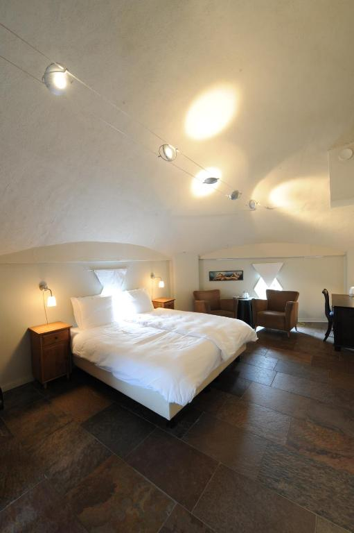 Deluxe Twin Room - Guestroom Hotel de Watertoren