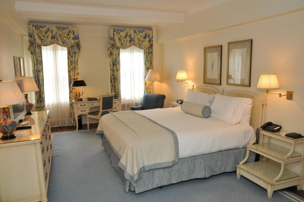 The Carlyle A Rosewood Hotel in New York City New York - 12