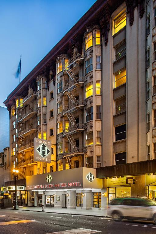 Book Now Handlery Union Square Hotel (San Francisco, United States). Rooms Available for all budgets. The handsome non-smoking Handlery Union Square Hotel close to the Moscone Convention Center and Union Square wears its past proudly and wows our guests with attractive rooms a