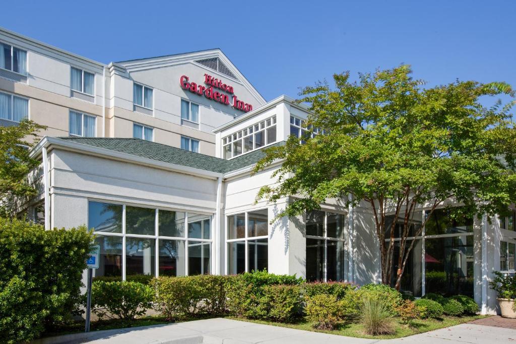 Hilton Garden Inn Charleston Airport In North Charleston South Carolina 12 Photos 121