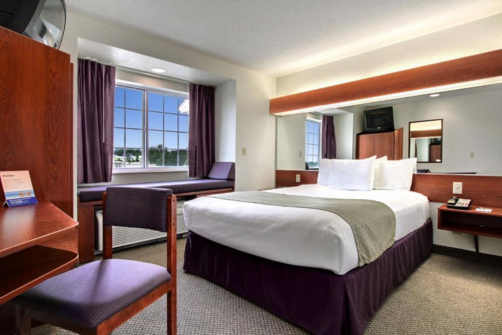 Microtel Inn Amp Suites By Wyndham Bridgeport In Bridgeport