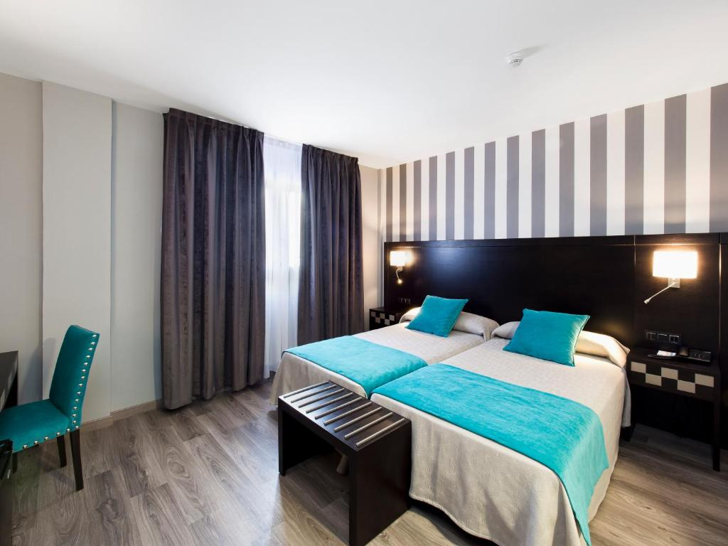 Hotel Zentral Parque Formerly Hotel Parque Paseo Del Hospital  # Muebles Low Cost Valladolid