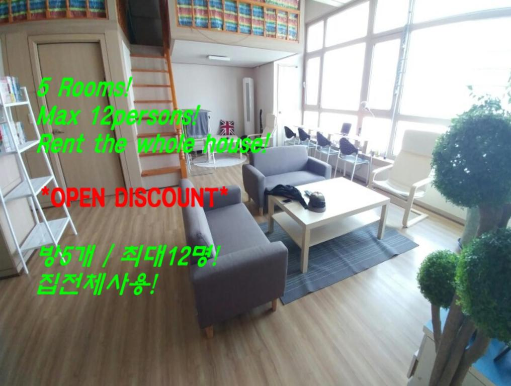 Rainbow Residence Apartment