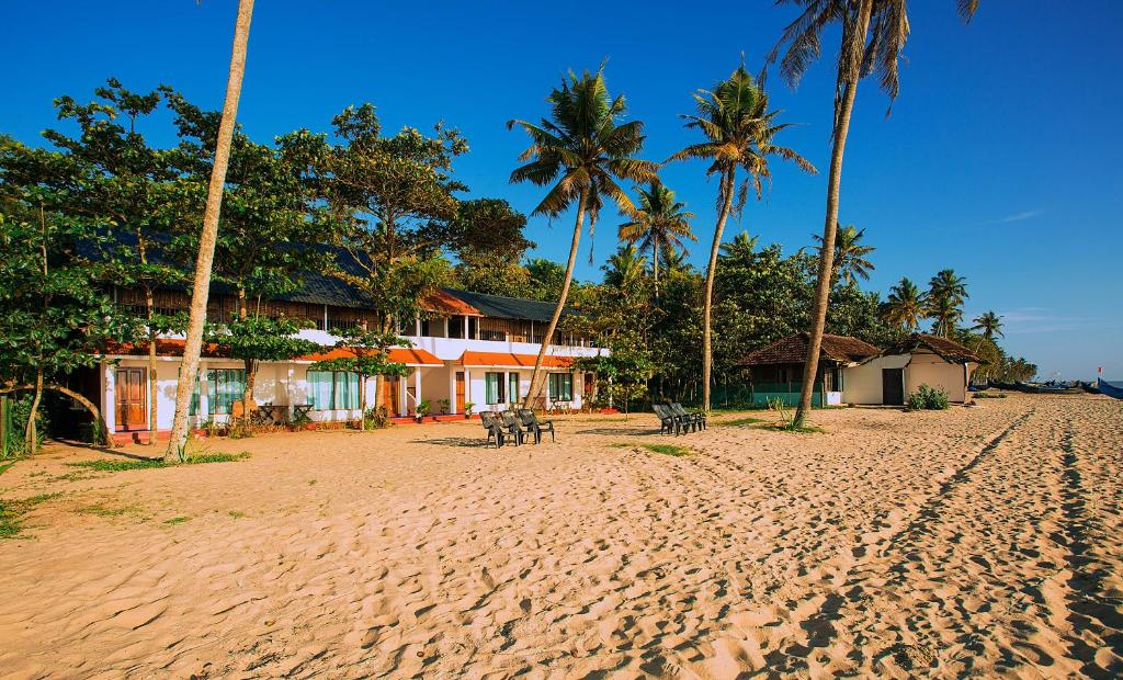 plus récent 1e1d1 46b0e Deals on Og`s Beach Resort in Alleppey - Promotional Room Prices