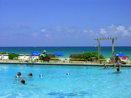 Surrounded By A Variety Of Recreational Activities And Offering Direct Private Beach Access This Fort Lauderdale Hotel