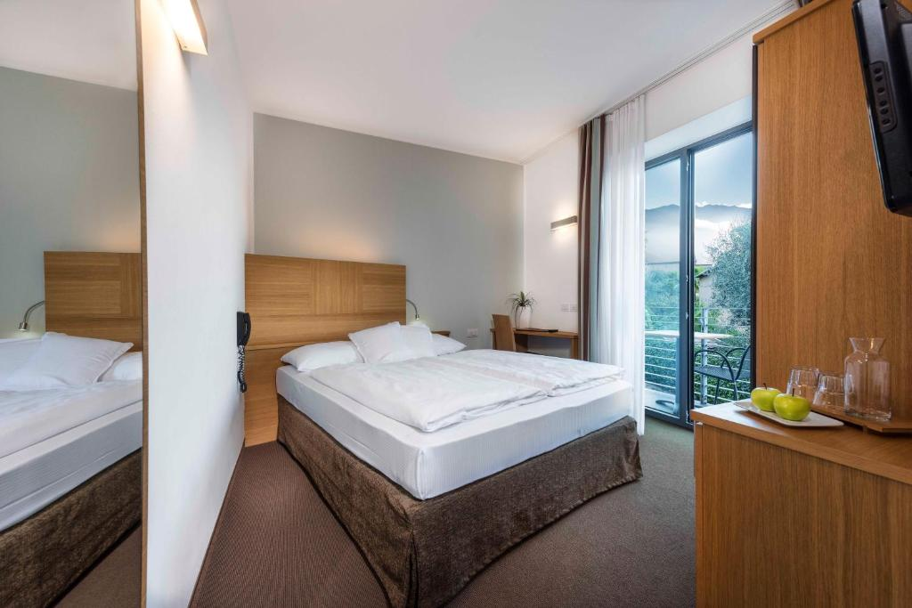 Budget Double Room Active & Family Hotel Gioiosa