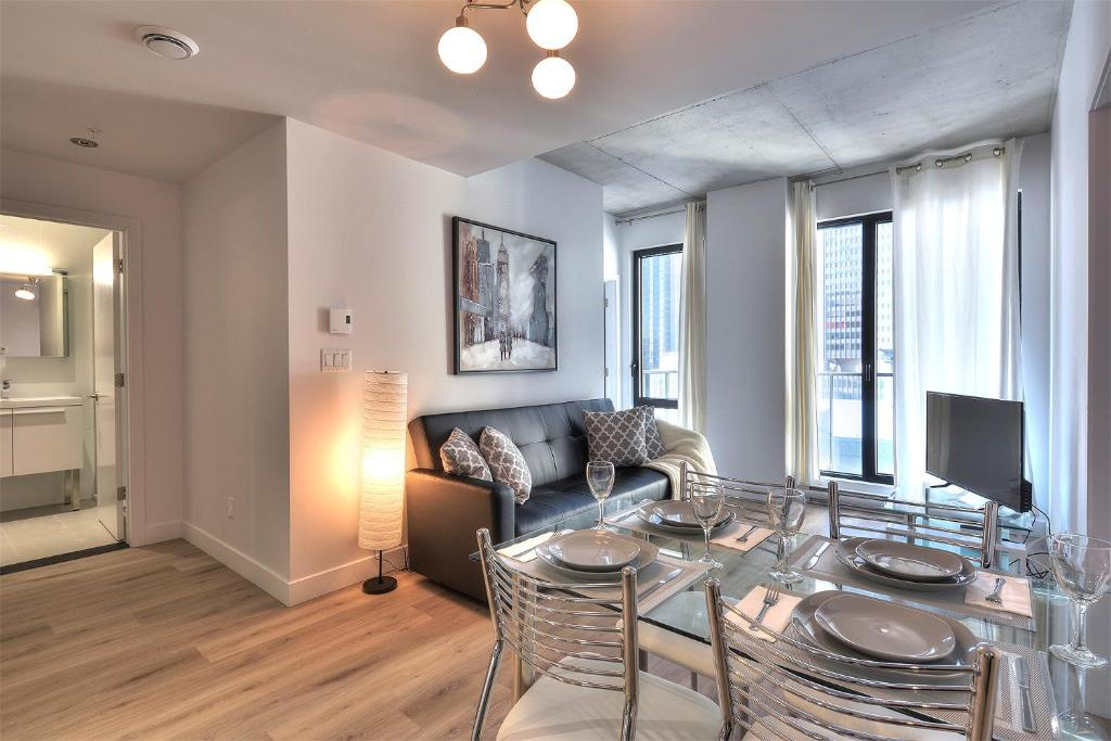 Old Montreal 2 Bedroom Apartment