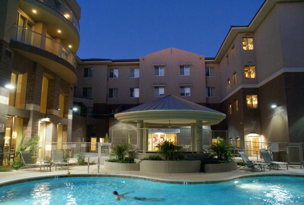 Homewood Suites By Hilton Phoenix Airport South photo