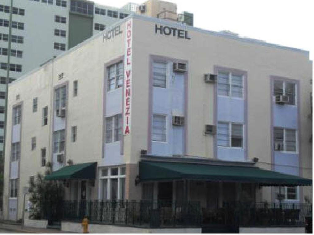 Venezia Hotel Miami Beach Fl 3865 Indian Creek 33140