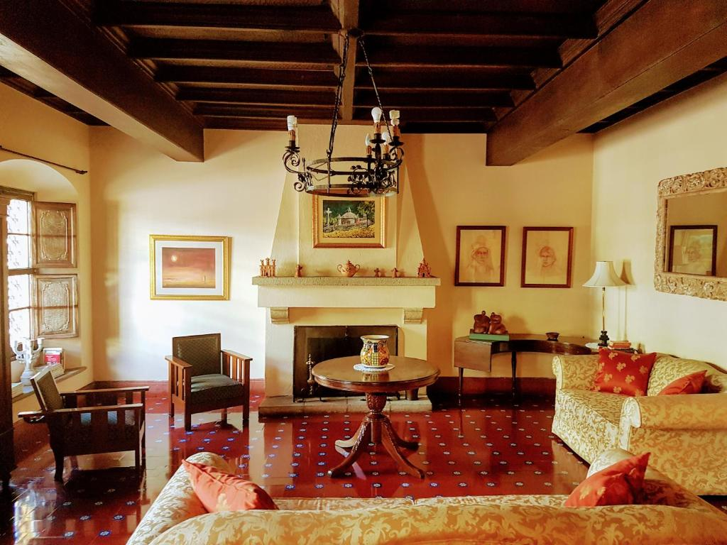 Lobi Casa Carmel Bed & Breakfast