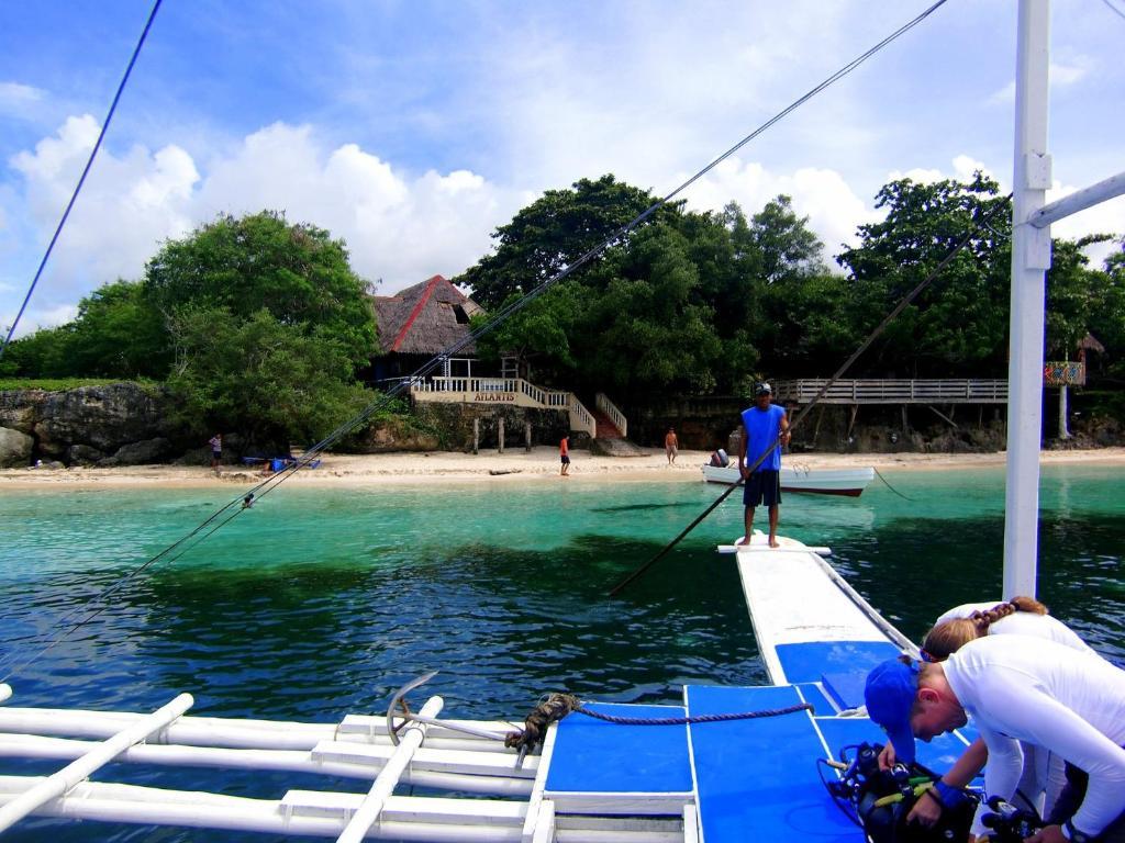 Kalipayan Beach Resort