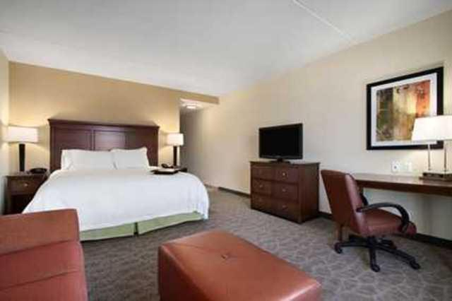 Book Now Hampton Inn & Suites Charles Town Wv (Charles Town, United States). Rooms Available for all budgets. An indoor pool free Wi-Fi and complimentary breakfast add up to a pleasant stay for our guests at the Hampton Inn and Suites Charles Town. The five-story Hampton Inn's 131 roo