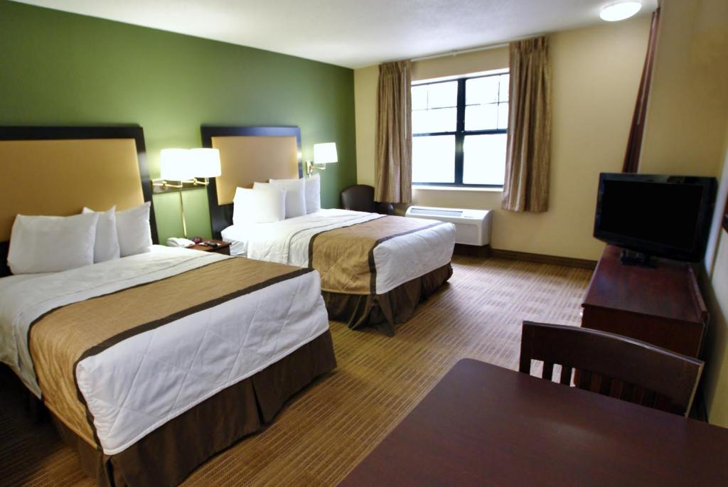 Book Now Extended Stay America - Salt Lake City - Sandy (Sandy, United States). Rooms Available for all budgets. Suites with free Wi-Fi and kitchens make Extended Stay America - Salt Lake City - Sandy a great choice for our guests. Surrounded by mature trees the three-story hotel has 122