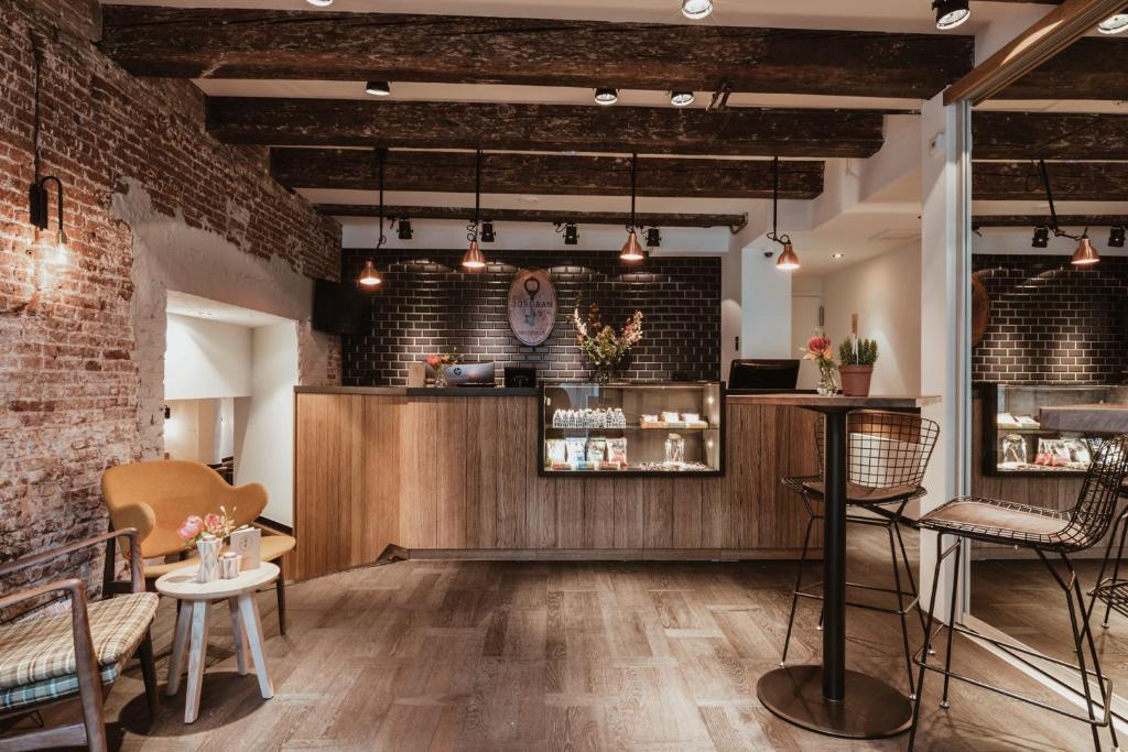 Hotel Dwars Amsterdam : Hotel dwars amsterdam u great prices at hotel info