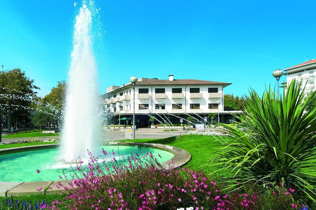 Hotel Roma Cervia Book Your Hotel With Viamichelin