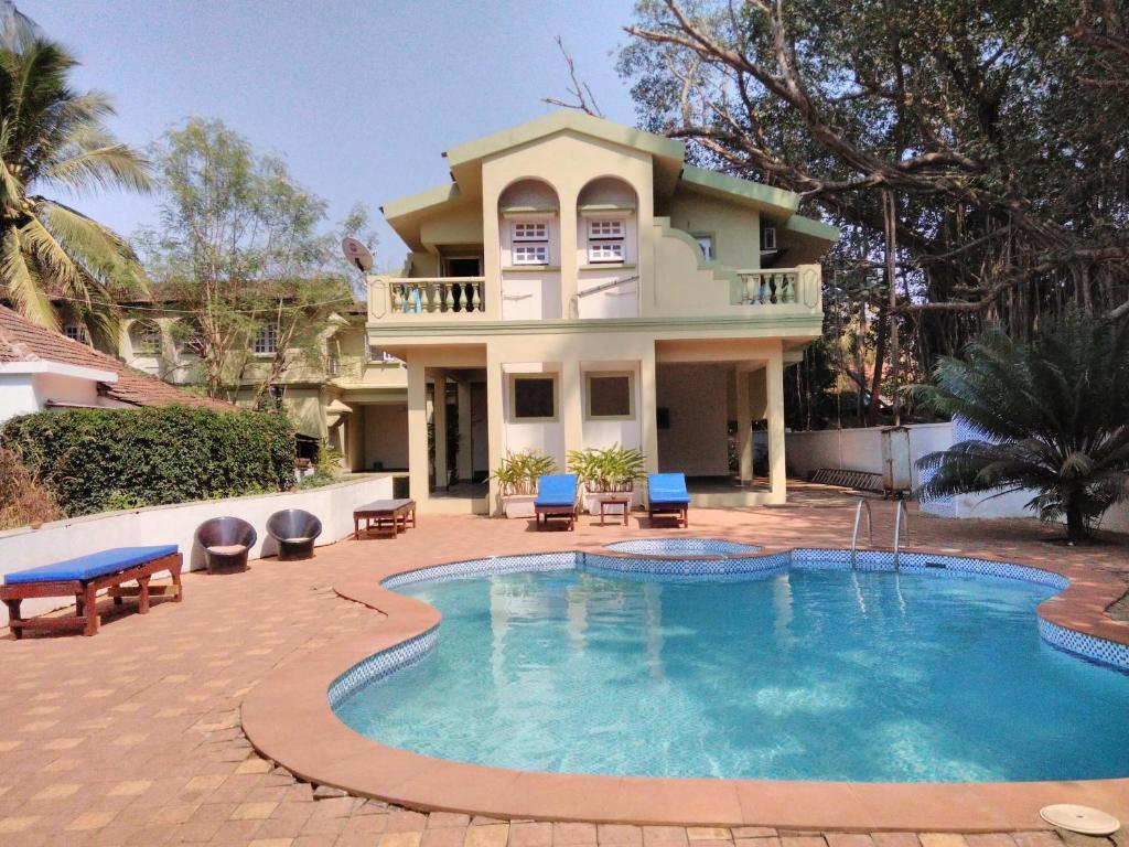 Best Price on Flower Holiday Home in Landmark Dawn in Goa