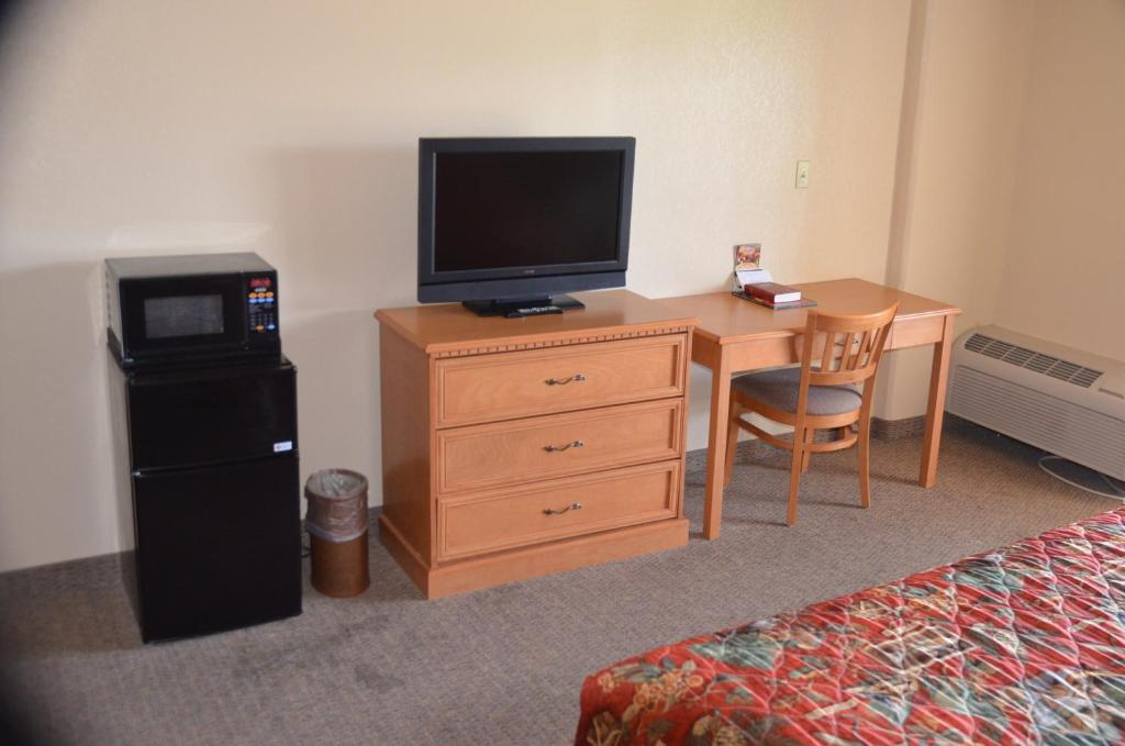 Spirit Of The Smokies Pigeon Forge In Pigeon Forge Tn Room Deals