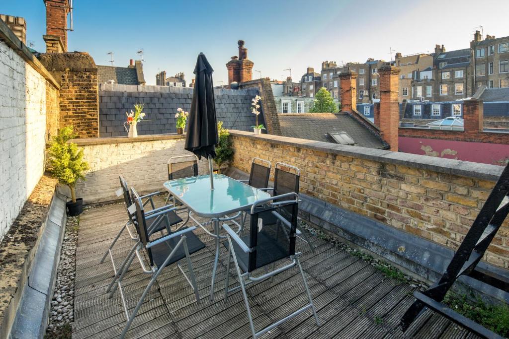 Oxford street penthouse apartments 43 devonshire street london for 14 devonshire terrace london