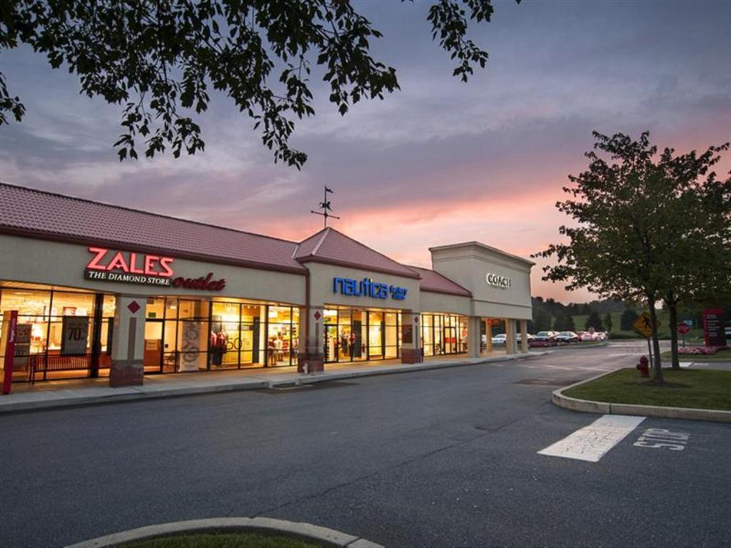 Superbe Hilton Garden Inn Harrisburg East. 3943 Tecport Drive, Harrisburg,  Pennsylvania 17111 USA. Caption