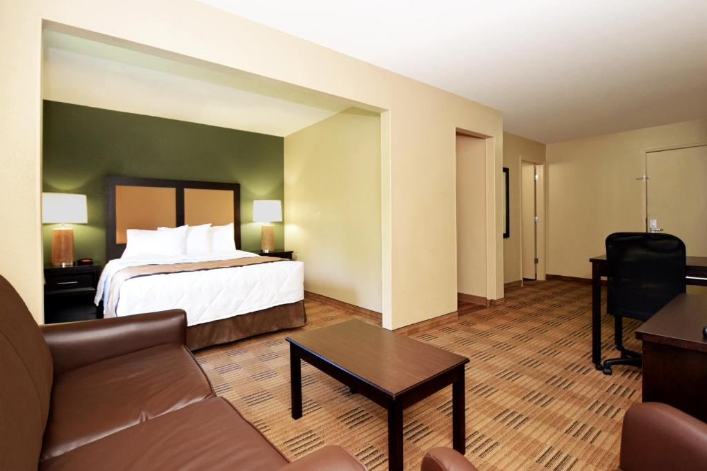 Quartos Extended Stay America Plano Parkway Medical Center