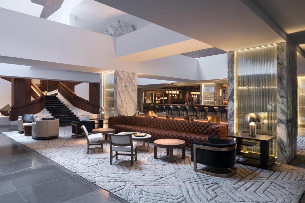 Four Seasons Hotel Houston photo
