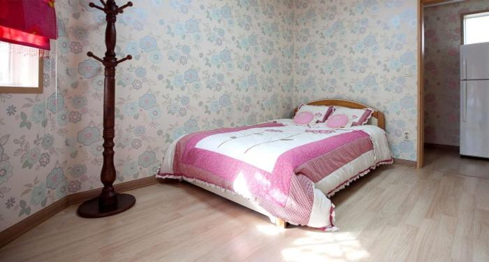 Tremendous Full House Pension A Partir De 150 000 Krw Hotel A Interior Design Ideas Gentotryabchikinfo