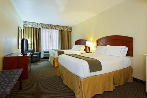 Book Now Holiday Inn Express Hotel & Suites Burleson/Fort Worth (Burleson, United States). Rooms Available for all budgets. Between the tasty complimentary breakfast free Wi-Fi and stylish digs say our guests Holiday Inn Express Hotel & Suites Burleson/Fort Worth has the goods for a relaxing produc