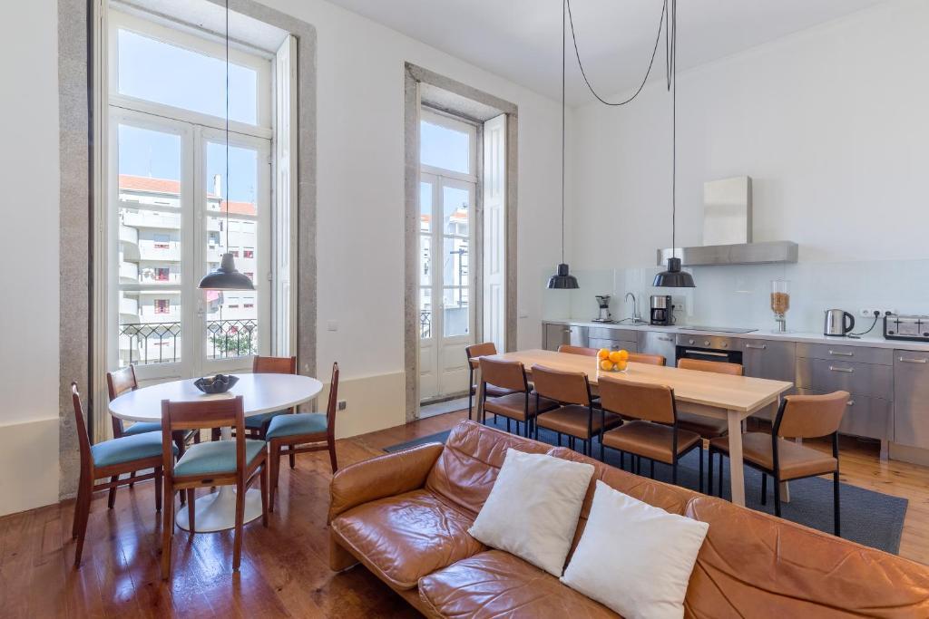 Oporto City Flats The White Box House