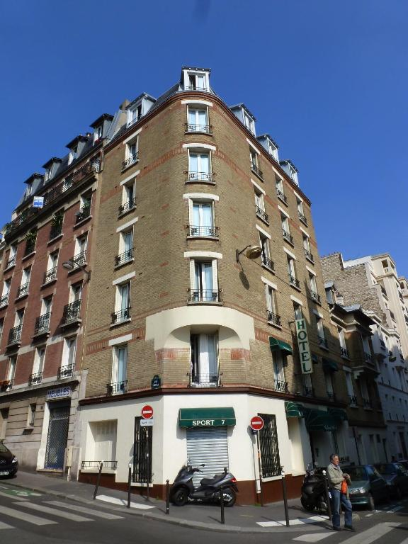 Nadaud Hotel - Starting from 74 EUR - Hotel in Paris (France)