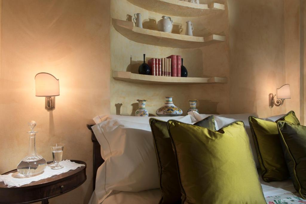 Book Now Hotel Osteria Dell'Orcia (San Quirico Dorcia, Italy). Rooms Available for all budgets. Set in a former post office from the 15th century the 4-star Hotel Osteria Dell'Orcia is located in the UNESCO-protected Val d'Orcia Nature Reserve along the historic Via Fran