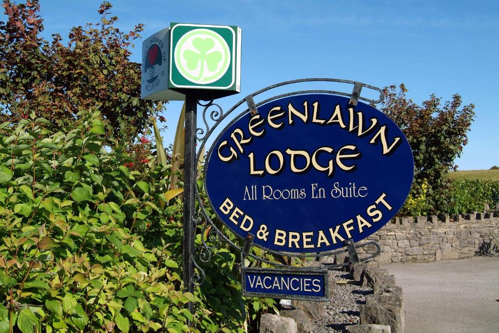 Greenlawn Lodge