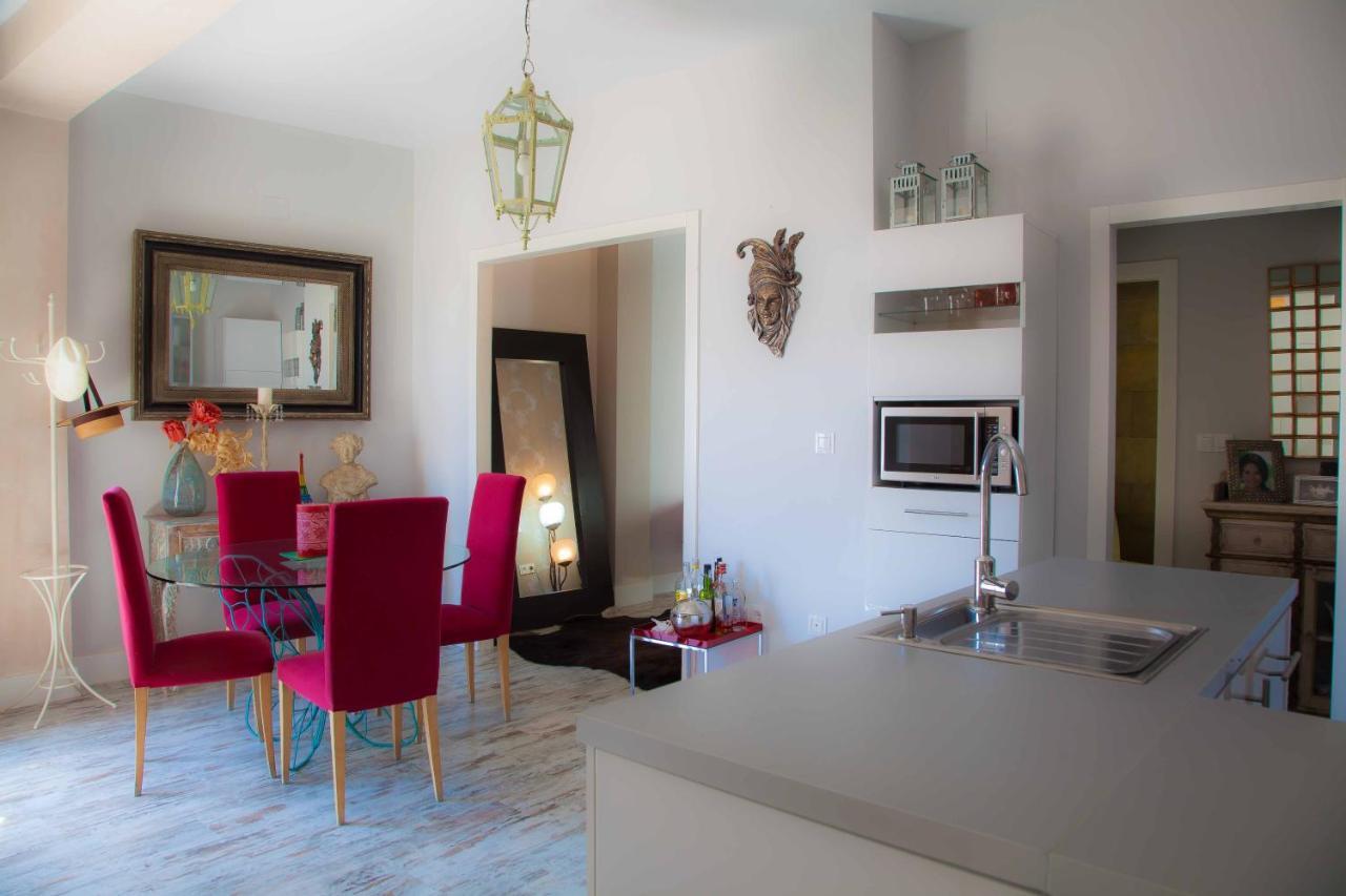 Apartamento Diseño Arabe Con Patio Y Terraza Privada