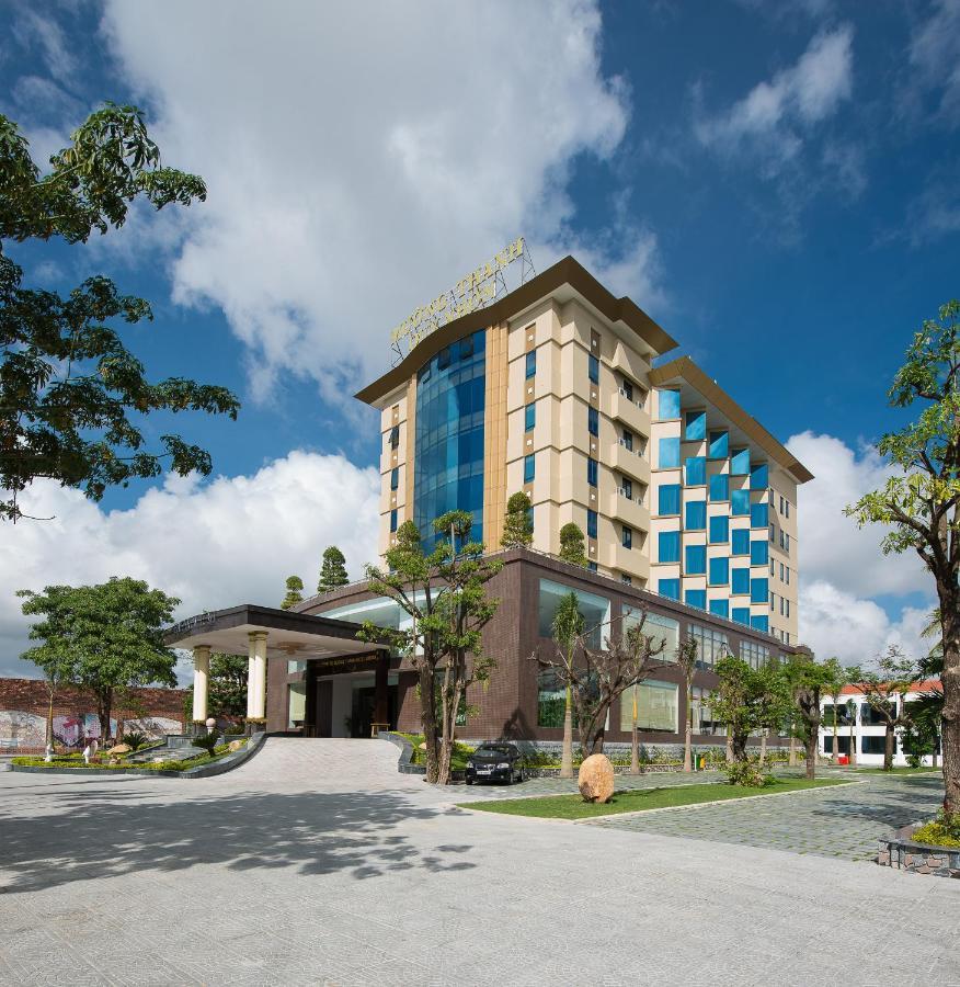 Combo Free & Easy: Mường Thanh Quy Nhơn Hotel và vé máy bay khứ hồi
