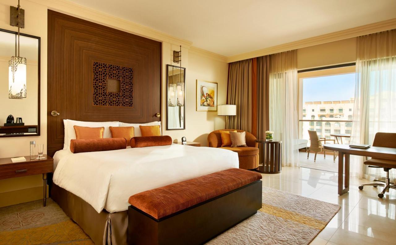 Familienzimmer Fairmont - Fairmont The Palm, Dubai, Dubai Emirate ...