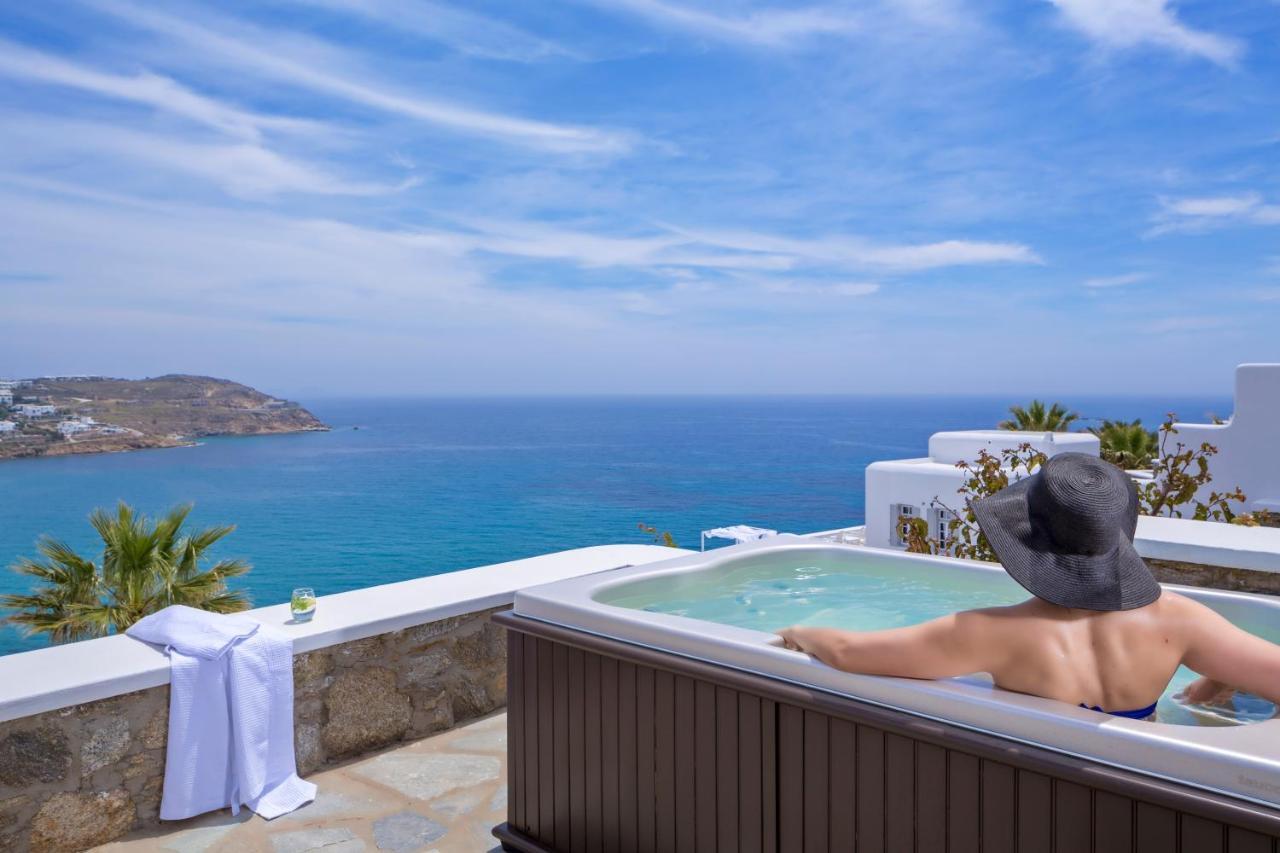honeymoon suite mit meerblick und whirlpool im freien. Black Bedroom Furniture Sets. Home Design Ideas