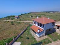 Nelina Guesthouse, Guest houses - Bozhurets