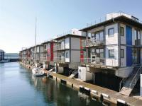 Holiday Home Wasserhaus, Holiday homes - Mürwik