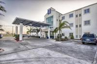 Motel 6 Mission, Motelek - Mission