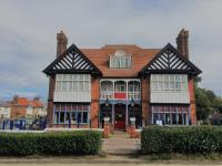 Blyth Hotel (Bed and Breakfast)