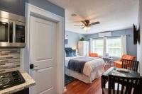 Yamhill Flats: Suite #2, Holiday homes - Newberg