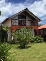 Cabanas Hinariru Nui, Chaty v prírode - Hanga Roa