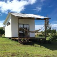Hare Pa'omotu, Prázdninové domy - Hanga Roa
