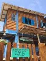 Hostal Puerto Engabao Surf Shelter, Hostely - Engabao