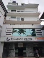 Shalimar Metro, Szállodák - Kocsín