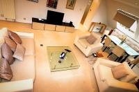 Chase Court Beaufort Gardens Apartment, Apartments - London