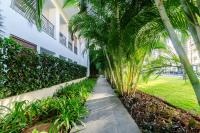 Luxury Apartments B in Doncella Beach on first beach line