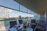 Unique Rentals-Seafront Luxe Suites
